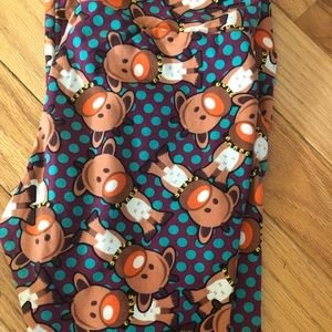 Lularoe reindeer leggings